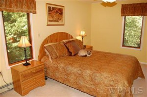 Home Staging brings Multiple Offers on a House - Master Bedroom listing picture