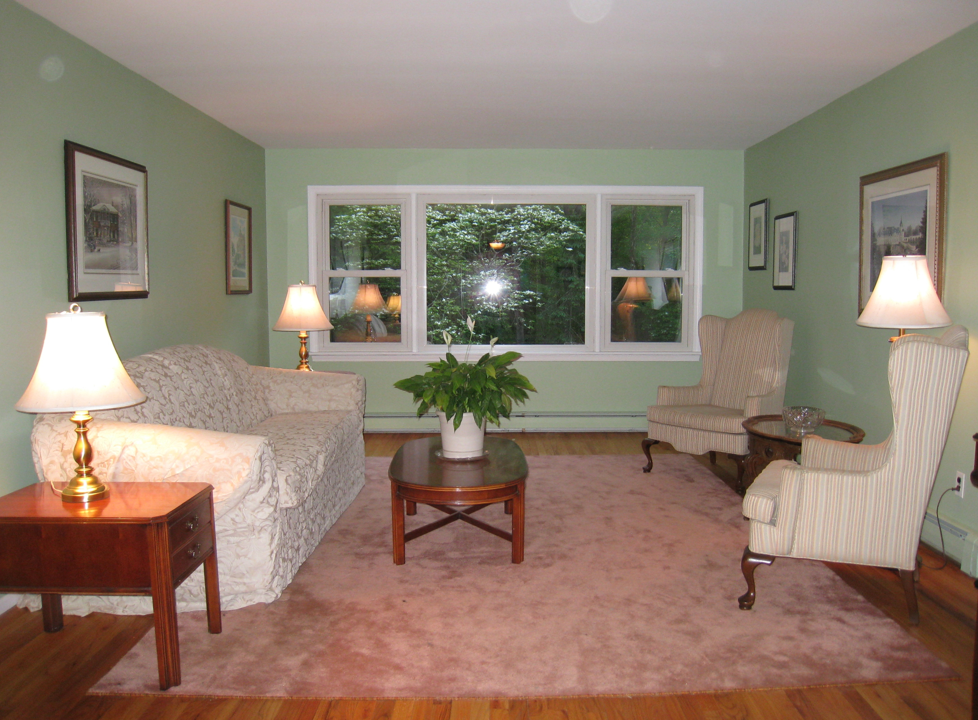 home staging compels buyers to focus on features atwell staged home