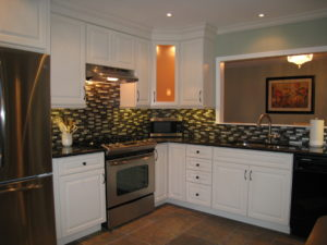 Kitchen After Interior Decorating Makeover
