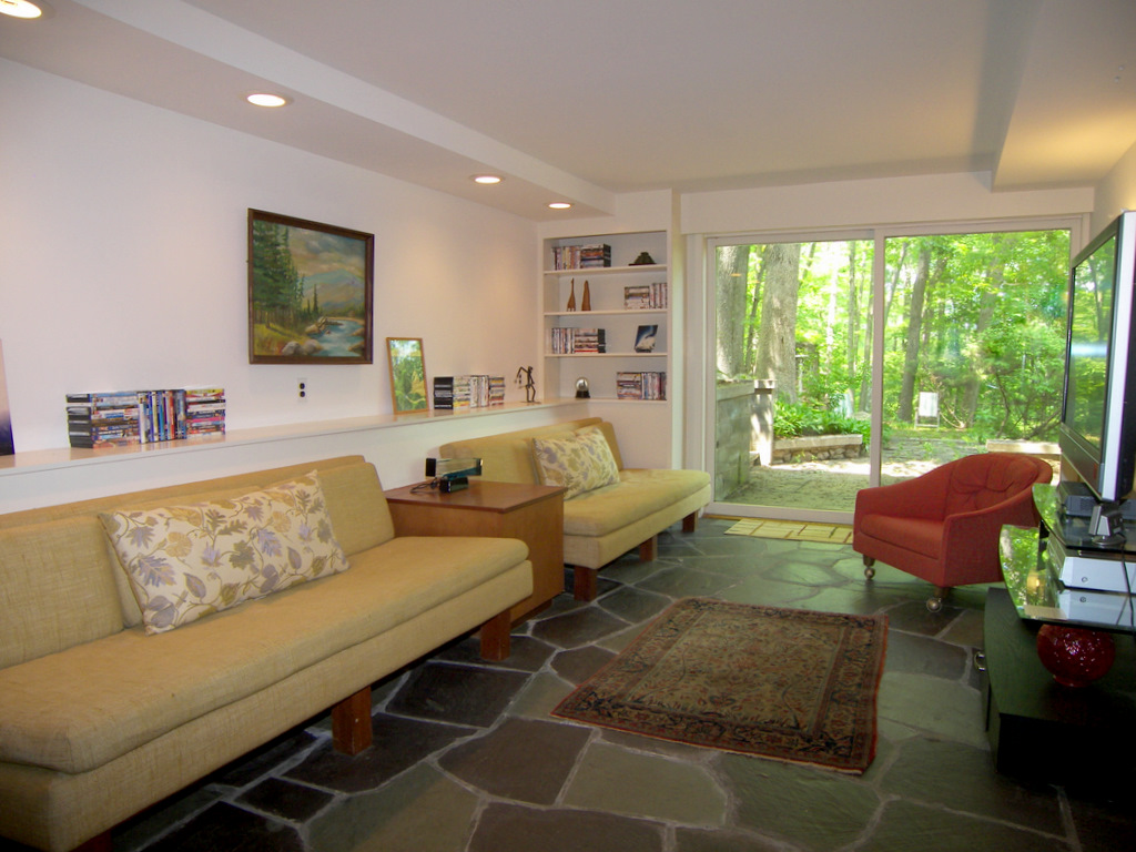 Katonah NY Home Staging Reveals Revenue Retro Style