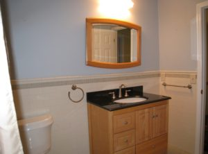 Hall Bathroom Before Home Staging