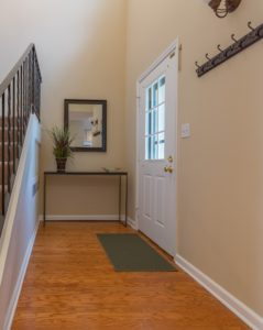 Entry After - Home Staging Cortlandt Manor