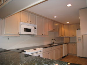 Kitchen Before - Home Staging Cortlandt Manor