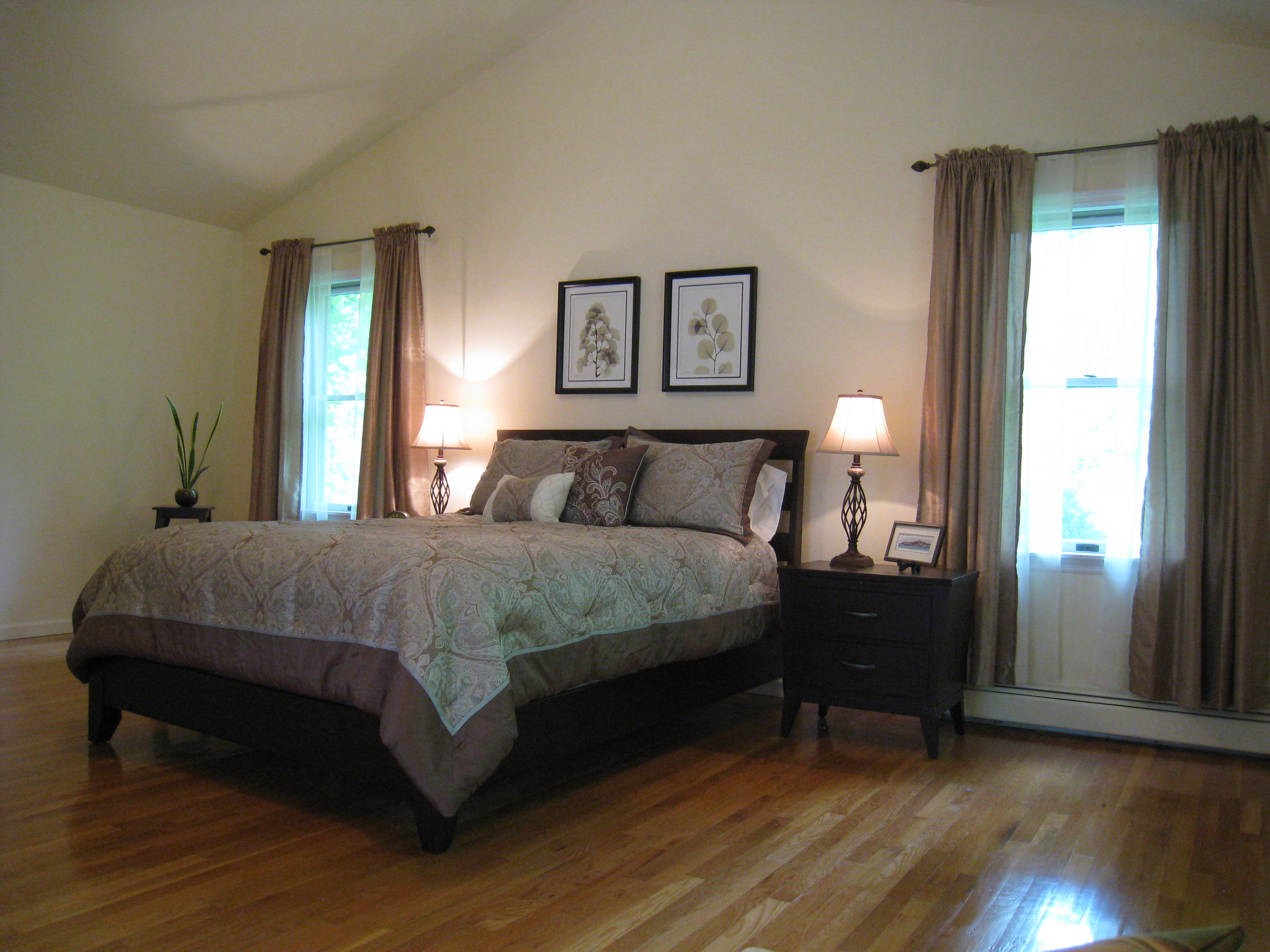 how to stage a master bedroom home staging katonah sold in a day atwell staged home 20588